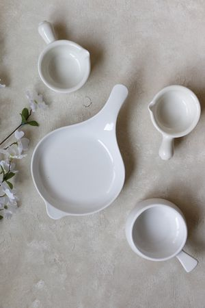 4 Ceramic bowls