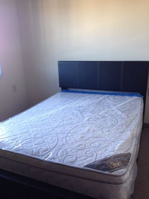 Brand new queen size platform bed frame and pillowtop mattress