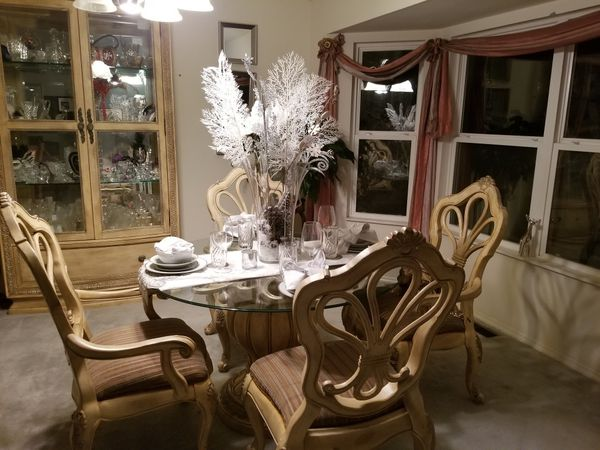 6 piece Schnadig dining room (Furniture) in Florissant, MO - OfferUp