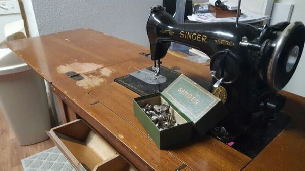 Selling antique 1946 singer drop down sewing machine antiques selling antique 1946 singer drop down sewing machine watchthetrailerfo