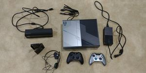 Xbox One Halo 5 Limited Edition with Kinect