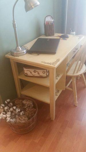 Little Girls Desk and Chair Set