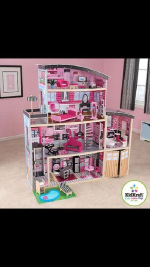 Barbie mansion doll house