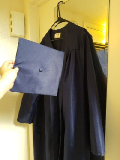 University of Arizona graduation gown and cap (Clothing & Shoes) in ...
