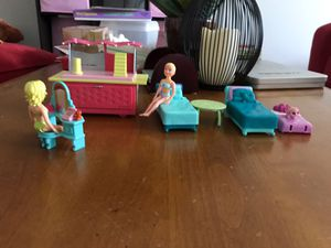 Polly pocket sleepover set - like new
