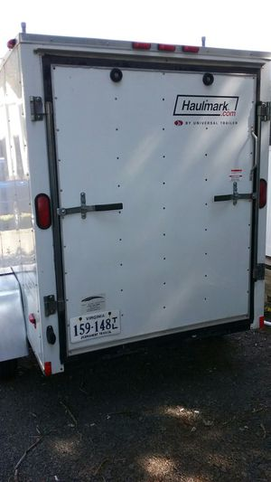 2009 Haulmark 5X8 Trailer....in excellent condition...barely used with new tires and clean VA title