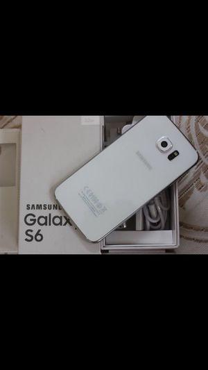 Samsung Galaxy S6 - Factory Unlocked - Comes w/ Box + Accessories