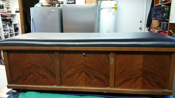 Lane Cedar Chest With Black Leather Top Furniture In