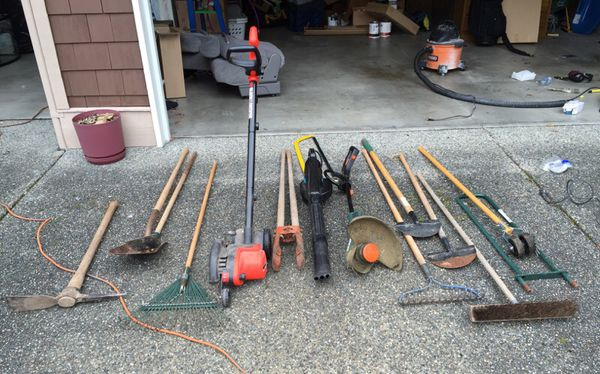 Set Of Garden Lawn And Garden Tools Home Garden In