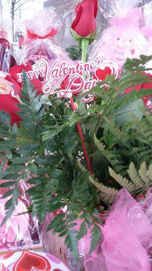 Canasta y arreglos florales naturales