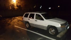 2000 jeep grand Cherokee 270k miles in good condition $1,800