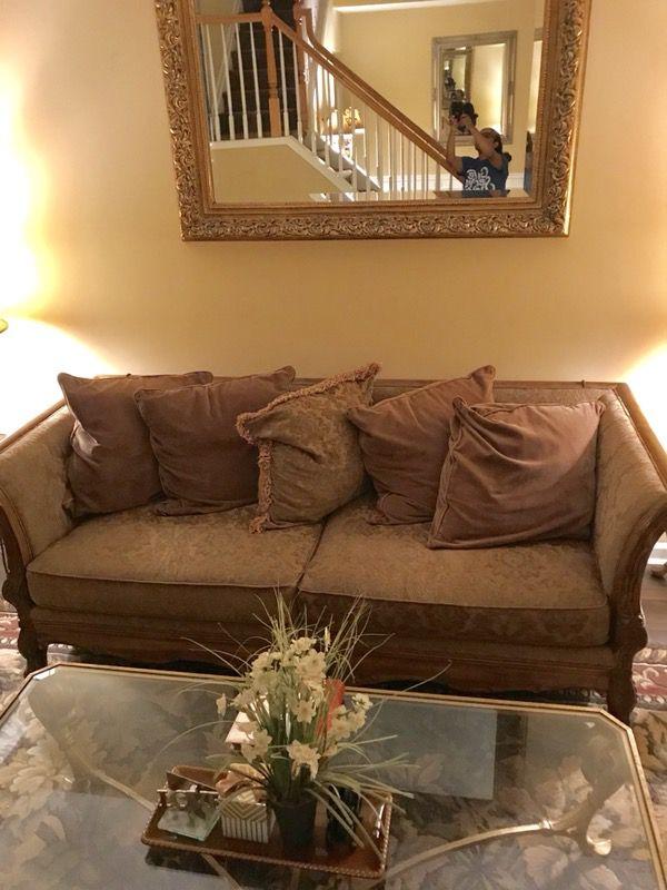 Bernhardt Living Room Furniture.  MOVING SALE BERNHARDT CALAIS LIVING ROOM Furniture in Roswell