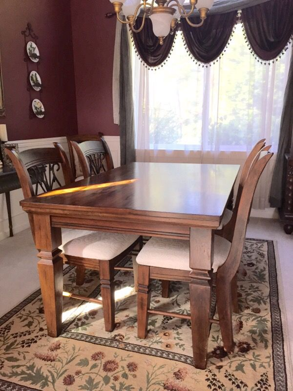 Solid wood dining set with 6 chairs furniture in gig for Furniture gig harbor