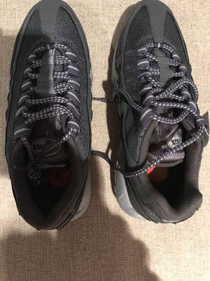 NWT Men's NIKE AIR MAX '95 RUNNING WOLF GREY-BLACK Sneaker - Size 6