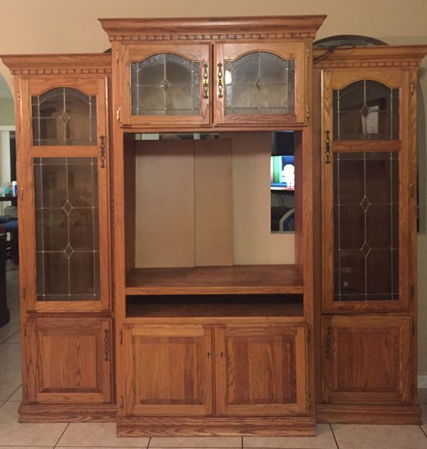 Entertainment Center Solid Wood (Furniture) in Kissimmee ...