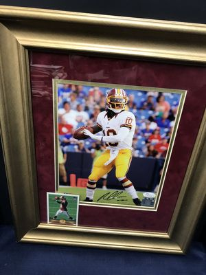 Autographed RGIII framed in Double Mattted Burgundy n Gold in Gold Wood Frame!