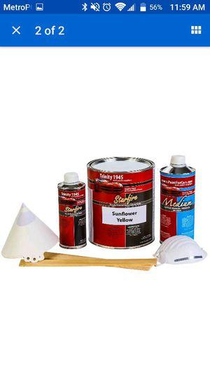Tengo UN gallon de pintura para Carro Todo El kit conpleto