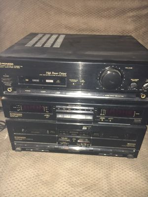 Pioneer stereo system and bose speakers