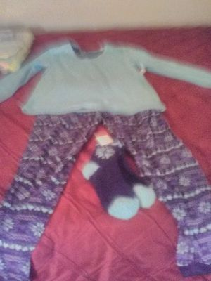 Kohl new PJ set size med will throw slipper 7/8