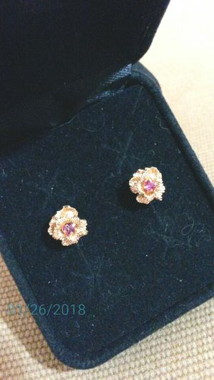 Beautiful Vintage 14k Yellow Gold & Real Ruby Earrings