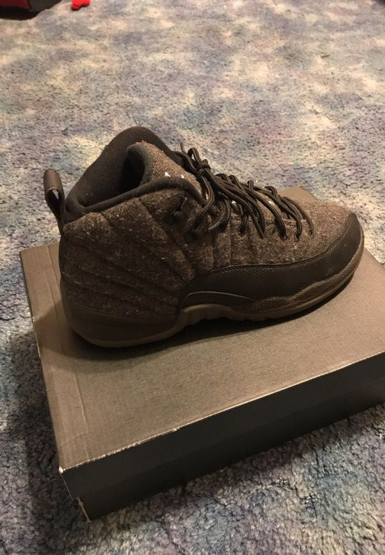 33b84d9e4afbd9 Retro Jordan 12 size 7 (Clothing   Shoes) in Rockford