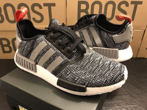 Adidas Originals NMD R1 Runner Primeknit Core Black Gray Glitch