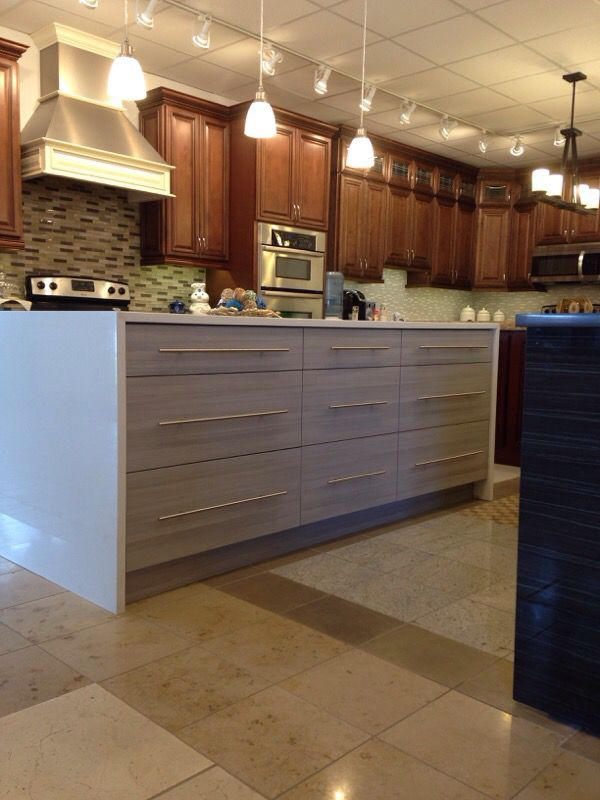 Kitchen cabinets high quality household in chicago il for Quality kitchen cabinets