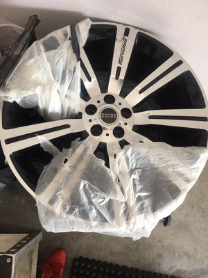 Marcellino 24 inch wheels for Range Rover