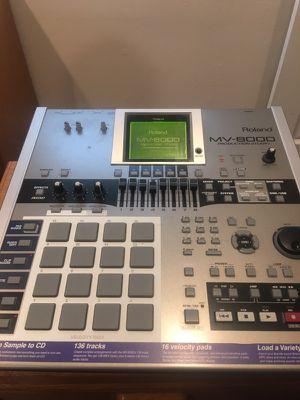 Roland MV 8000 new condition sorta of like a MPC