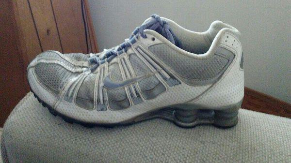 2f322a15c437 closeout nike roshe run damen grau blumen cf80f 77ca8  new zealand france  nike shox clothing shoes in reading pa 3dad7 7aaf2 5b0bf 3742c