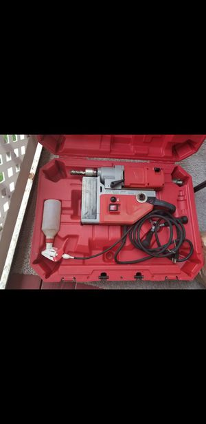 magnet drill milwaukee like new