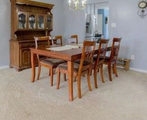 Dining table 6 chairs & extension
