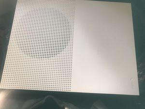 White Xbox one s one controller and all cords