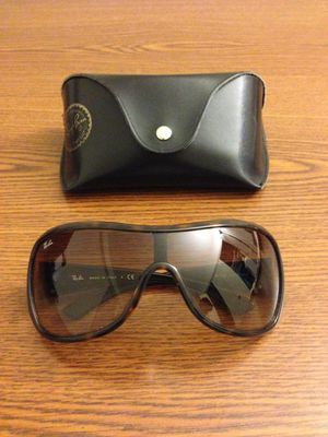Authentic Ray Ban Sun Glasses. Perfect Condition. Including Case.