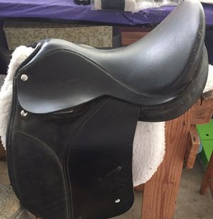 "All purpose English saddle 14"" Black good tree"