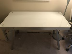 Computer/Office desk with chair