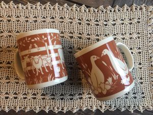 Set of 2 Darling Retro Country Mugs...Cows and Ducks