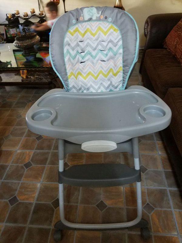 Silla de baby para comer (Baby & Kids) in Hialeah, FL