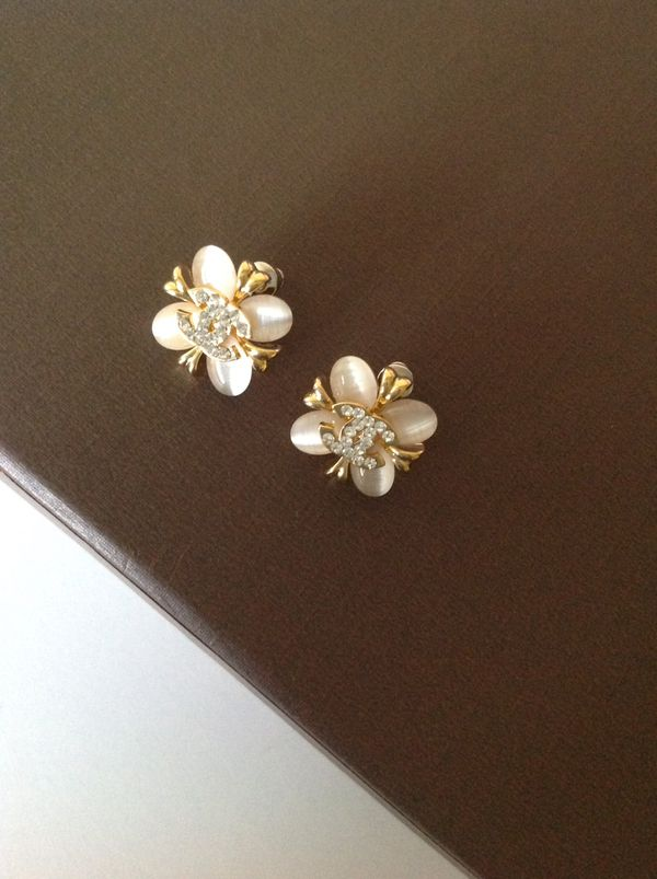 Beautiful earrings studs (Jewelry & Accessories) in San Jose, CA ...