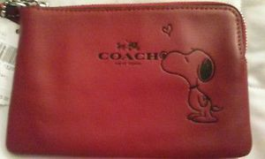 NWT Coach Snoopy Peanuts Red Leather Wristlet Sold Out Limited Edition