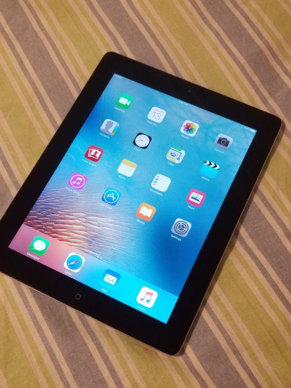 iPad 3rd Generation 64GB, Unlocked + Wi-Fi