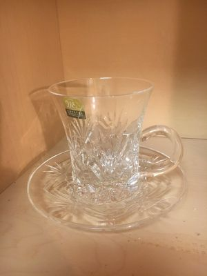 Set of crystal tea cup with their plates (10 )