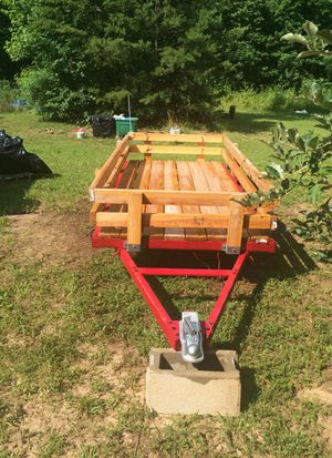 Utility Trailer : Still available, negotiable