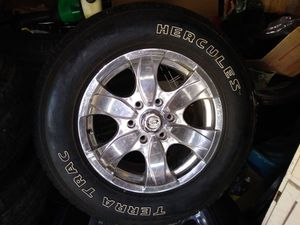 Pacer Wheels and Tires