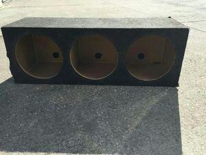 "Speaker box fits 3 10"" speakers"