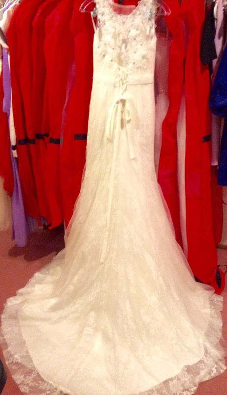 Wedding dress clothing shoes in seattle wa for Wedding dresses seattle washington