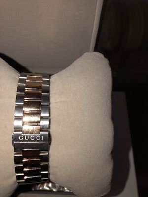Gucci 18k Gold and stainless steel