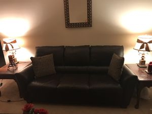 Leather sofa in Brown. Great condition