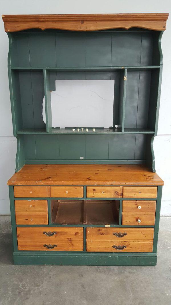 Antique china hutch buffet furniture in federal way wa for Furniture in federal way
