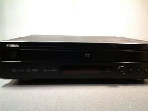 Yamaha DVD-CX1. DVD Audio Video Player with remote